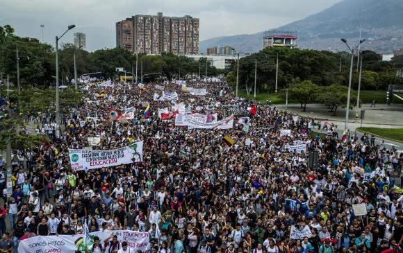 ESTUDIANTES EN MEDELLÍN SE UNEN A PROTESTA NACIONAL
