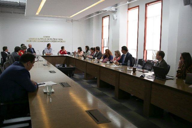 Acta de Acuerdos Fecode, presente en la instalación de Comisión de Alto Nivel que consensuará reforma al SGP