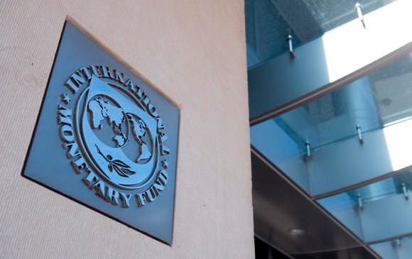 Países ricos acelerarán su recuperación por las vacunas: FMI